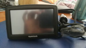 TomTom GPS good condition with mounting
