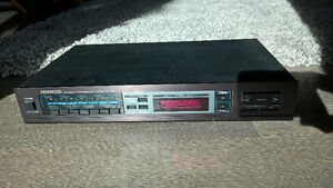 AM/FM Stereo Tuner