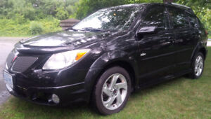 2007 Pontiac Vibe Hatchback runs/drives great - new tires
