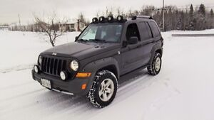 2005 Jeep Liberty Renegade SUV, Crossover