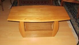 Coffee Table. Solid oak