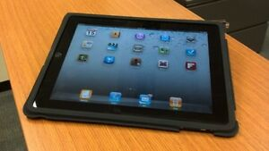 iPad 1 for sale - Excellent Condition 32Gb