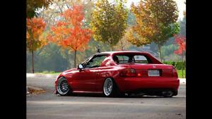 Cherche porte conducteur Honda delsol rouge clean pas de rouille