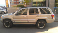 2001 Jeep Grand Cherokee Limited - ONLY 97,500km!!