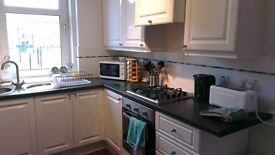 Bright and Spacious 2/3 Bedroom Flat, Mitchell Street, Dundee - Available Now