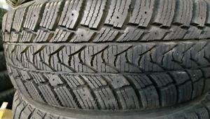 4 pneus 185/65R15 hiver