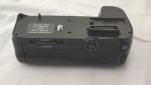 Promaster Battery Grip for Nikon D7000 Series DSLR Camera