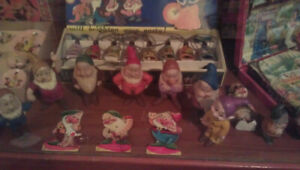 Snow White & the Seven Dwarfs collection 1930's to 1990's Estate