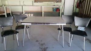 Late 1950s Retro dining room table set