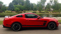 2012 Ford Mustang BOSS 302 Coupe (2 door)