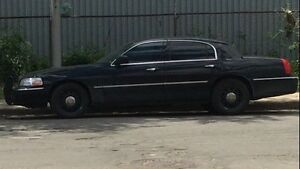 2009 Lincoln Town Car Signature Limited (Police Crown Victoria)