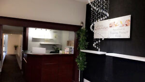 Room for rent at a Beauty Spa in Stoney Creek Mountain