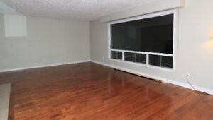 $1600 ALL INCLUSIVE | LAKEFIELD | 3 BDRMS