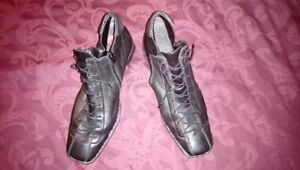 Ladies leather ankle bootie lace up - Rieker - Size 10