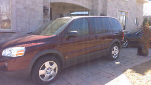 Pontiac Montana GM Van Camionette the lowest milage in Canada