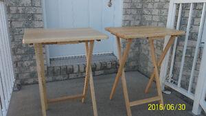2-TABLE-PLIANTE-POUR-BATEAU-CAMPING-ROULOTTES=$ 15.00=CHAQUE