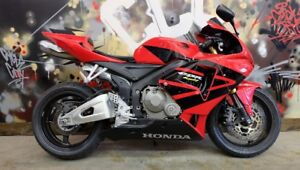 This 2006 Honda CBR 600rr Everyones approved. Only $199 per mont