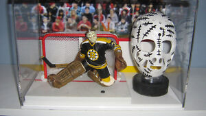 Autographed Gerry CHEEVERS Boston Bruins Hockey Display