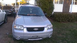 2005 Ford Escape XLT FULL VUS