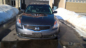 2009 Nissan Altima Leather Automatic Fully loaded 165k