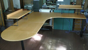 IKEA Effektiv 8-piece work surface and desk with beech finish.