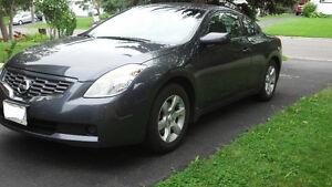 2008 Nissan Altima 2.5s Coupe (2 door)  138,000km