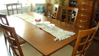 Beautiful table and 6 chairs and glass buffet (lights)