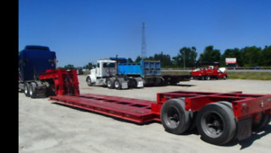 Tandem low boy self contained hydrolic system