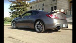 2013 Hyundai Genesis Coupe R-Spec Coupe (2 door)