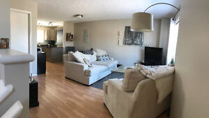 Beautiful 2 bed/2 bath 'Loft at Lakeland Ridge' For Rent