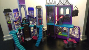 Monster High Iconic School Playset – for Only $25.00