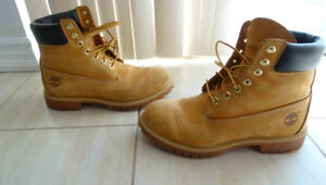 Timberland Boots - Men - Size 10