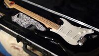 FENDER-Stratocaster-made in USA