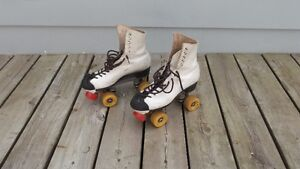 Groovy Pair of Vintage White Leather Roller Skates Size 8