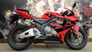 2006 Honda CBR 600rr. Everyones approved. Only $199 a month.