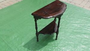 Antique Side Table Stratford Kitchener Area image 2