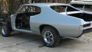 69 GTO parts car or shell