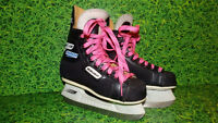 Womans Bauer Charger Black Hockey Skates with Hot Pink Laces 2