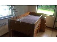 Stompa wooden cabin bed