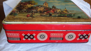 Vintage Biscuit Tin Gray Dunn & Co, Scotland