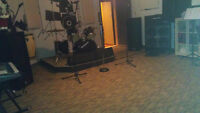 BEST JAM ROOM near Marche Central