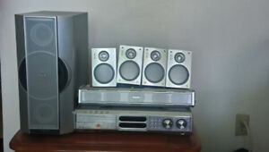 500W Philips home Theater with Radio FM, DVD Player