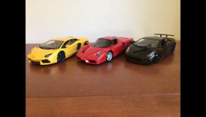 Diecast modèles réduits voitures Ferrari-Lamborghini(1:18) : 90$