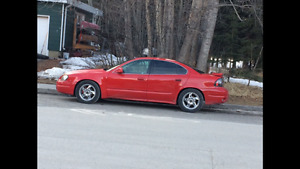 2005 Pontiac Grand Am sport car Sedan