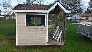 wood playhouse Kingston Kingston Area image 2
