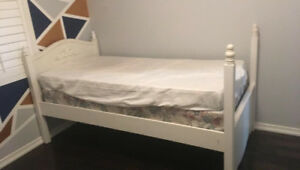 TWIN SIZE CANOPY BED FRAMES FOR SALE
