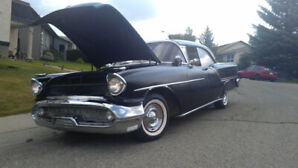 1957 Oldsmobile Eighty-Eight Holiday Hardtop Sedan