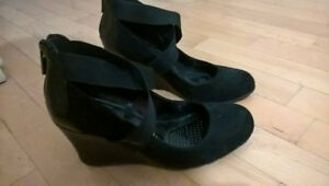 Black Kenneth Cole Shoes-Size 7-worn once