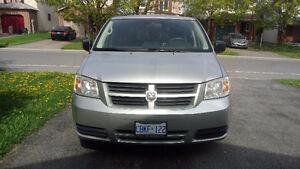 2008 Dodge Caravan Minivan Stow&Go