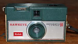 Lot de 2 Kodaks vintage Différent, Pratique & Décoratif/Antique